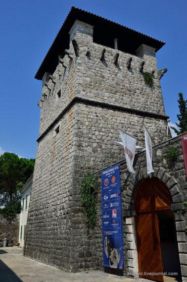 Сторожевая башня Буча В Тивате