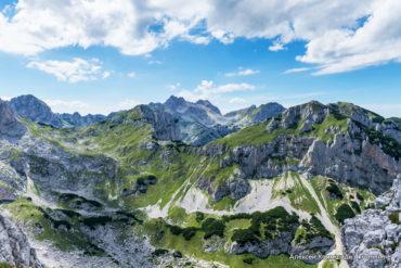 Каньоны и горы Черногории
