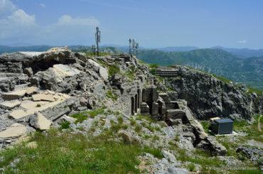 Технологии на руинах. Австрийская крепость Двршник