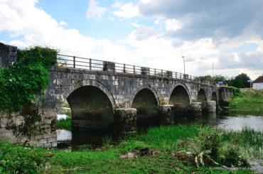 Вуков мост