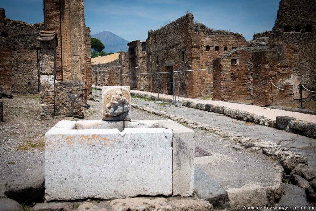 Индивидуальная экскурсия по Древним Помпеям. Фонтан