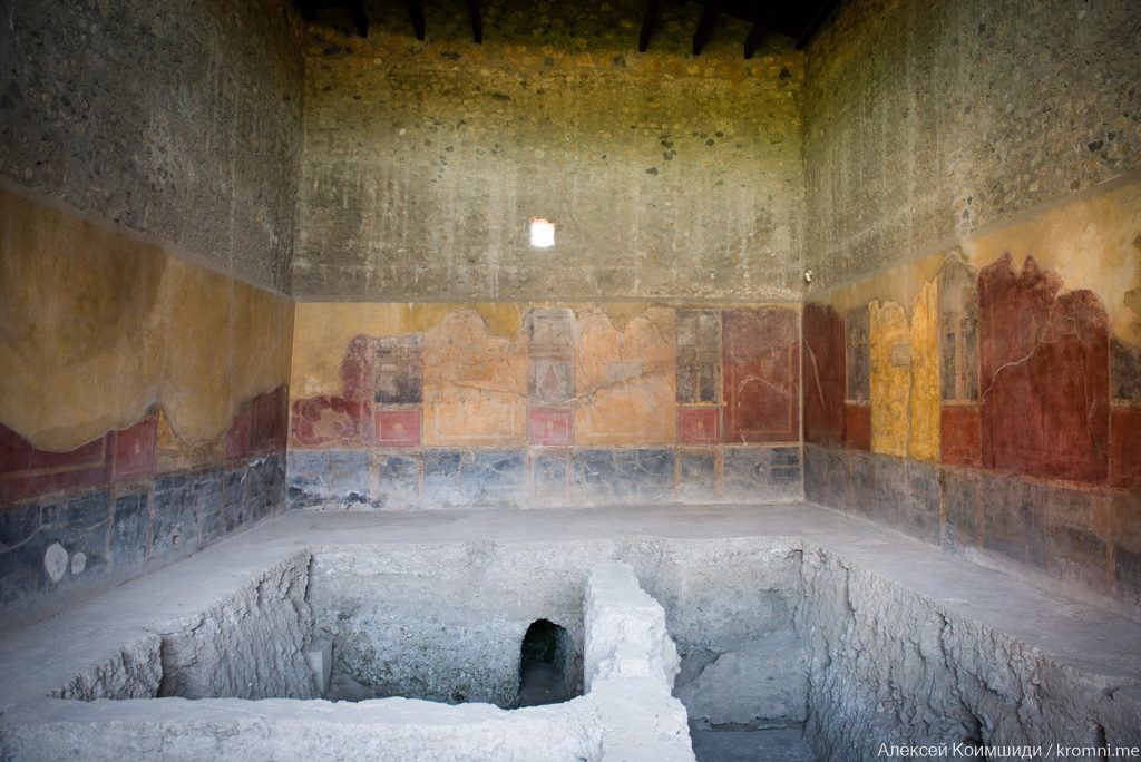 Индивидуальная экскурсия по Древним Помпеям. Частная вилла, фрески