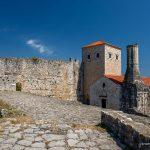 Улцинь. Цитадель. Башня Балшича и церковь Св. Марии