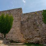 Цитадель Татаровица. Вырванный взрывом фрагмент стены